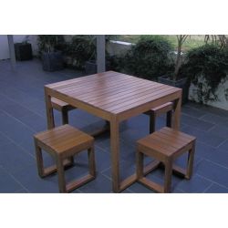 Plantation 5 Piece Table Setting - 4 Seater